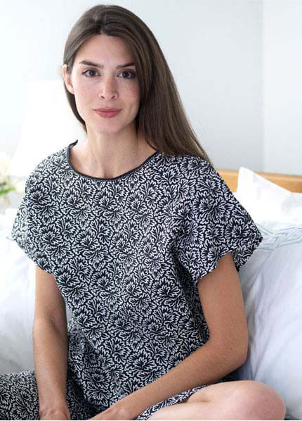 Queen Bee Lola Hospital Gown in Black & White Print by dearjohnnies