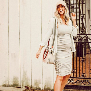 The stylish blogger @kristinjonesy wears Queen Bee