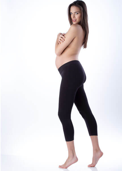 The perfect pair of black maternity leggings to suit your active lifestyle! Designed to stretch and adapt to your growing shape, the innovative bamboo blend fabric is super soft and supportive, yet allows your skin to breath and wicks away sweat!