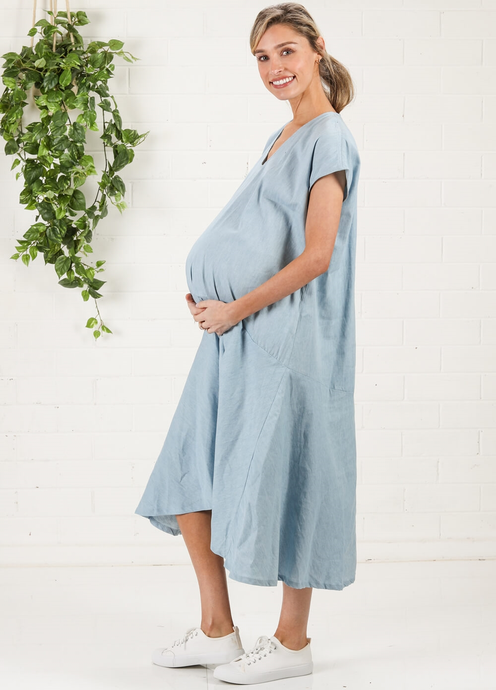 Imanimo - Agathe Babymoon Maternity Dress in Chambray | Queen Bee
