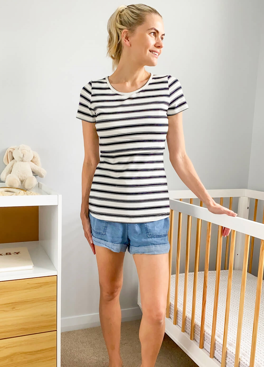 Lait & Co - Trinite Nursing Tee in White/Black Stripes | Queen Bee