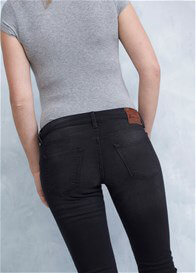 Queen mum - Distressed Black Jeans - ON SALE