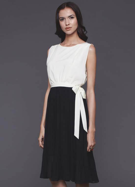 Queen Bee Jessica Nursing Dress in Cream/Black by Dote Nursingwear